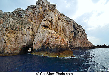 Sea ??cliff