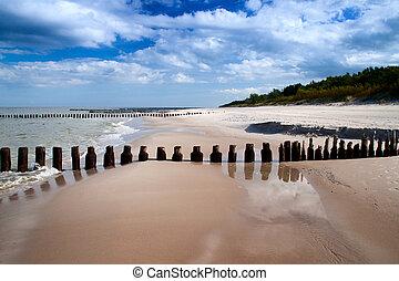 Sea coast - Baltic sea coast, beautiful beach and waves.