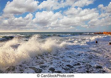 Sea foam shines on the sun