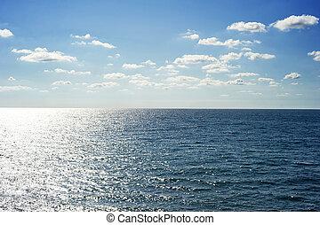 Sea in the sunshine day