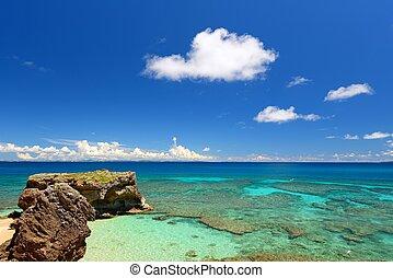 Sea of emerald green of the Okinawa