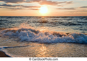Sea sunset surf wave - Sea sunset surf great wave break on...