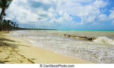 Sea thunderstorm cloud hurricane irma Dominican Republic -...