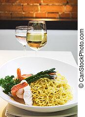 seafood, noodles