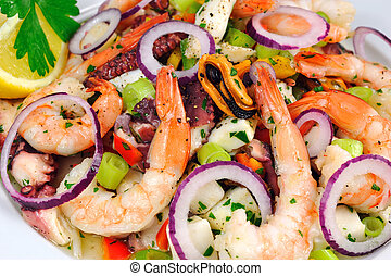 Salad with prawns, mussels, sqids, onions, spring onions