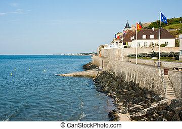 seafront, arromanches-les-bains, canal, inglés