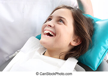 Sealing teeth,child to the dentist