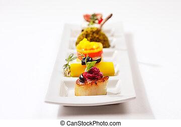 seared tunfisk, laks, scallop