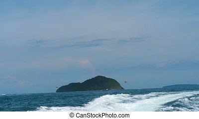 Seascape of Andaman sea, rearview from speedboat - Beautiful...