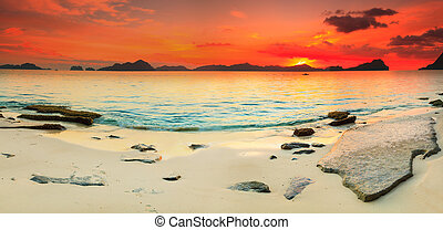 Seascape panorama - Beautiful seascape panorama. Stone on...