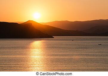 Seascape with a beautiful sunset - Seascape with setting sun...