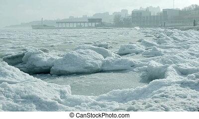 Seashore winter.