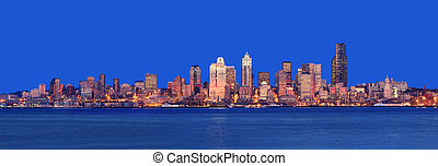 Seattle Panorama - Stunning Dusk Panoramic shot from Alki ...