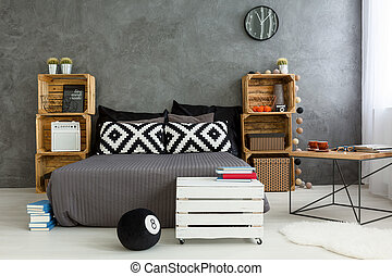 Second life of wood - Spacious up-to-date bedroom with grey...