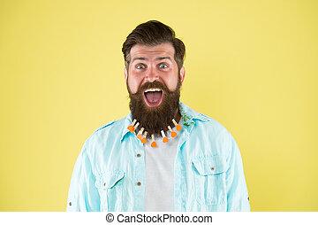 secondo, handsome., cuori, parrucchiere, washing., fiducioso, capelli, molletta, uomo, brutale, essiccamento, mettere, barbershop., maschio, bucato, style., beard., casuale, barbuto, concetto