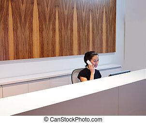 secrétaire, femme, brunette, jeune, bureau