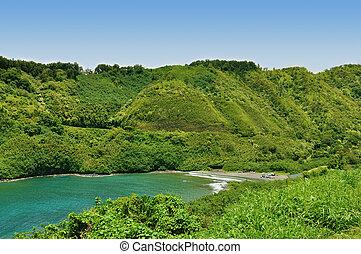 Secret Beach on Maui on the road to Hana