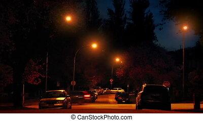 secteur résidentiel, voitures, nuit, par, passe