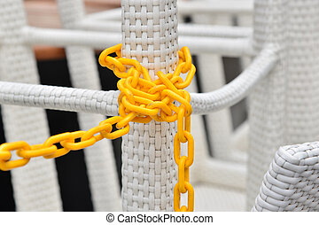 Secure chain lock