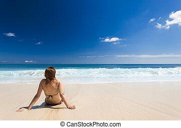 sedendo spiaggia