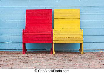 sedie, rosso giallo