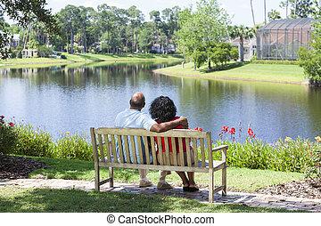 seduta, coppia, parco, panca, americano, africano, anziano