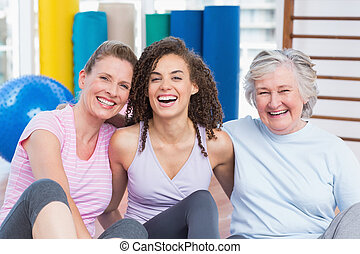 seduta, palestra, insieme, femmina, amici, felice