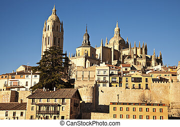 Segovia vista - afternoon view of the old city