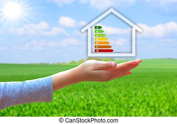 segurando, casa, energia, eficiência, avaliação, mãos