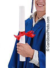 segurando, certificado, jovem, graduação, closeup, estudante