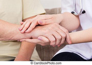 segurando mão