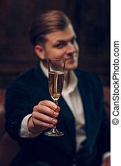 sehr, glas, hebt, mann, klage, champagner, hübsch