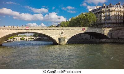 Seine river tourist boat hyperlapse