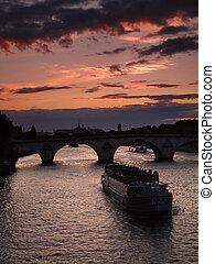 Seine sunset, Paris