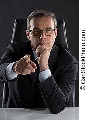 seine, zeigen, arbeitende , sitzen, boss., mittleralter, formalwear, sicher, ort, sie, mann