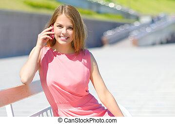 sejt telefon, leány, bájos, beszéd