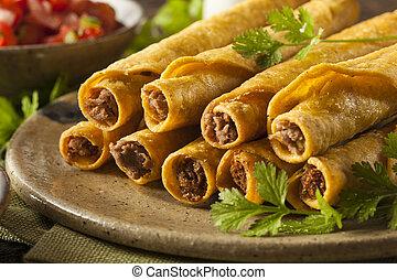selbstgemacht, mexikanisch, rindfleisch, taquitos
