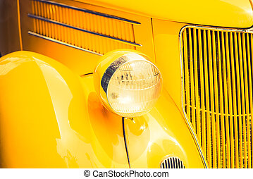 Headlight lamp of vintage classic car