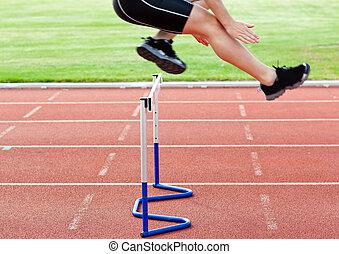 self-assured, durante, acima, pular, raça, cerca, atleta ...