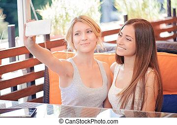 selfie, café, deux, petites amies
