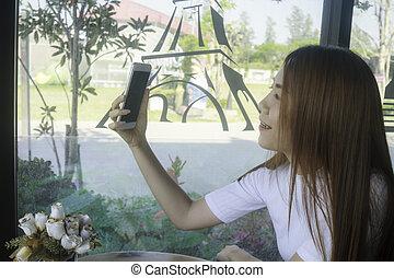 selfie, café
