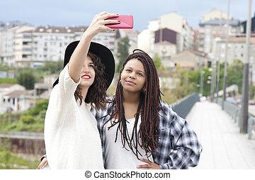 selfie, jeunes femmes
