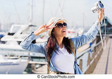 selfie, viajero, toma, hembra, joven