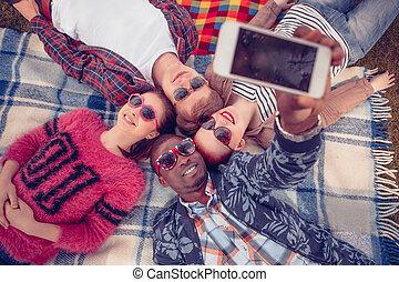 selfies, hacer amigos, picnic, mejor