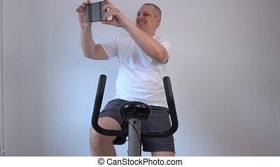 selfies, vélo, prend, exercice, homme