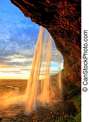 seljalandfoss, wasserfall, an, sonnenuntergang, in, hdr, island