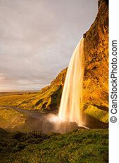 seljalandsfoss, chutes d'eau