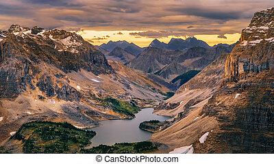 selvagem, paisagem, alcance montanha, e, lago, vista, parque nacional banff, canadá