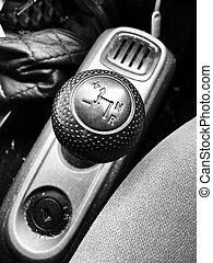Semi auto gear box - Black gearbox in semi auto car....