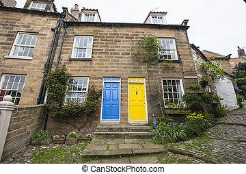 Semi-détaché, petite maison,  village, anglaise